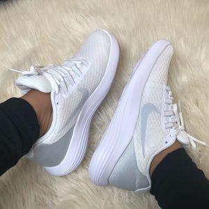 Nike Lunarcoverage new